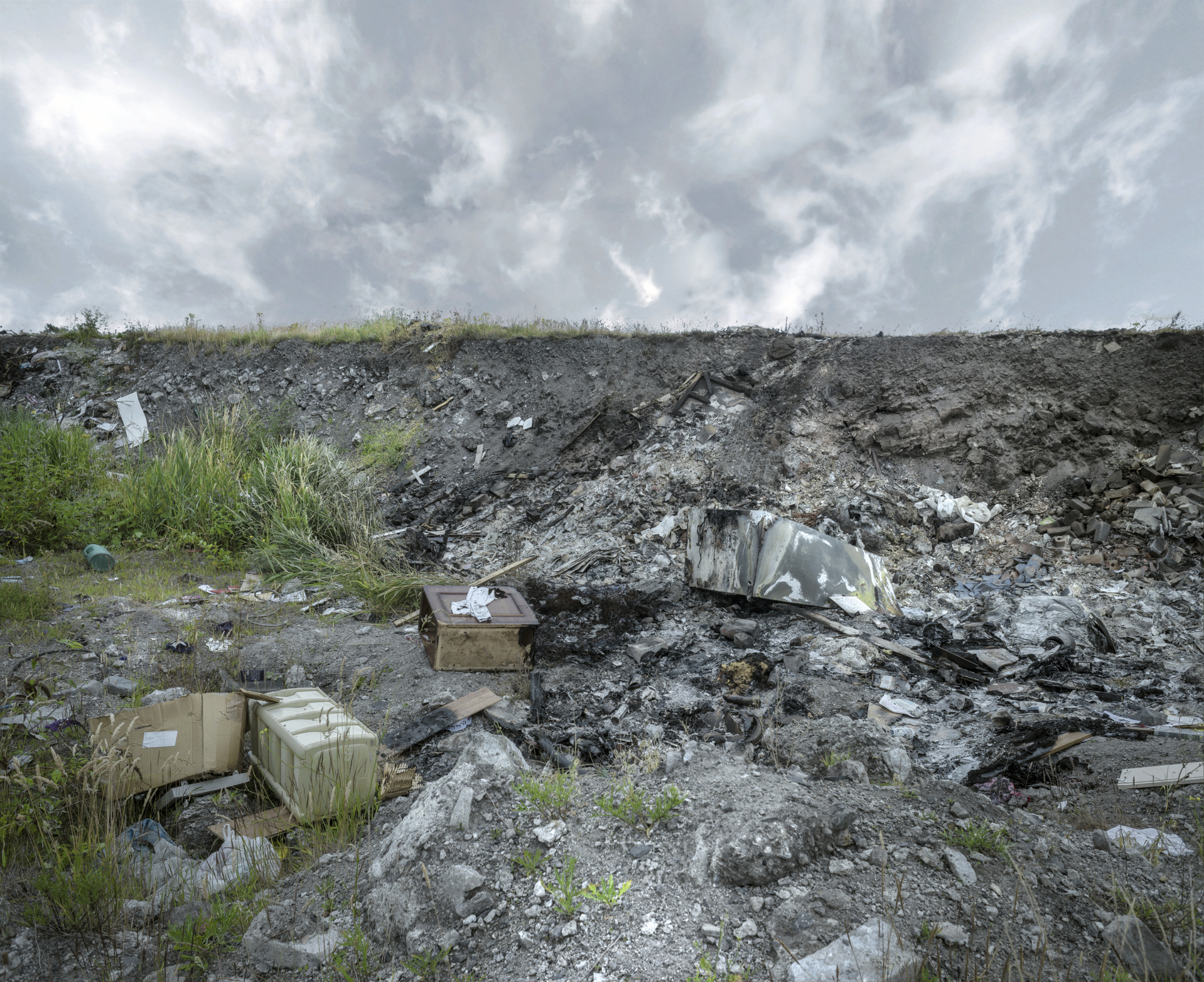 photo of land pollution